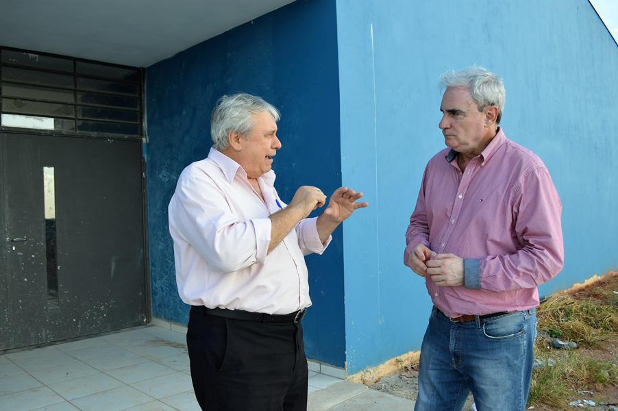 Obras das creches dos jardins Soberano e Sol D'Icaraí são retomadas após notificação da Prefeitura