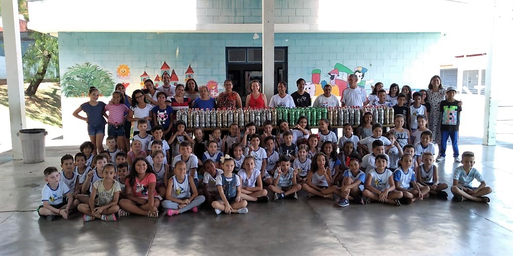 """Projeto """"Lacre Solidário"""" destina material arrecadado à APAE"""